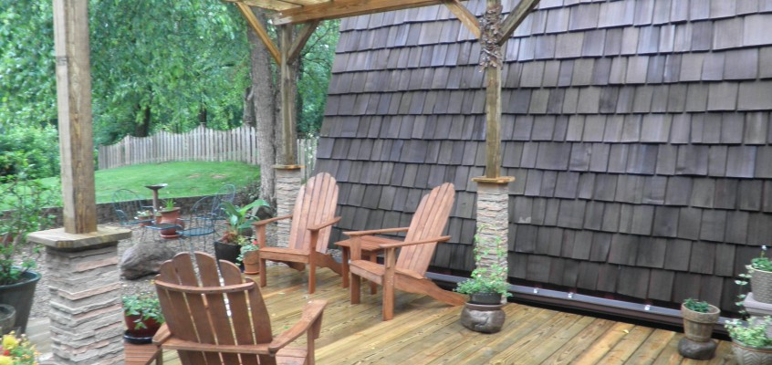 New Deck Construction – w/ Stone Post Covers