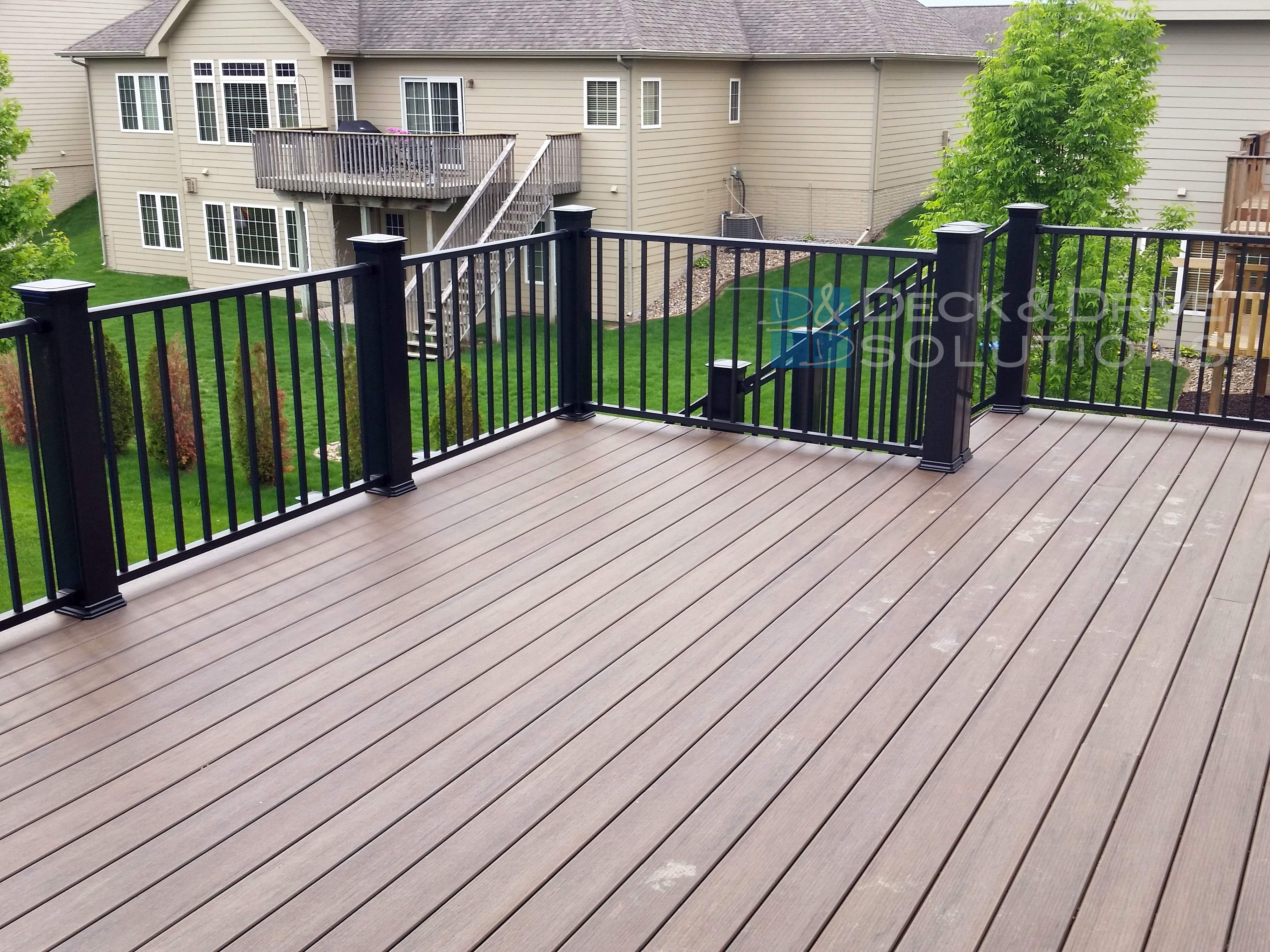 New Timbertech S Legacy Decking Mocha Des Moines Deck