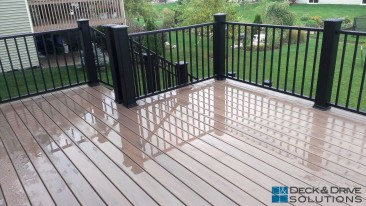 New Maintenance Free Deck with Landing