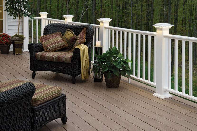 Front Porch Railing – White Maintenance Free Options