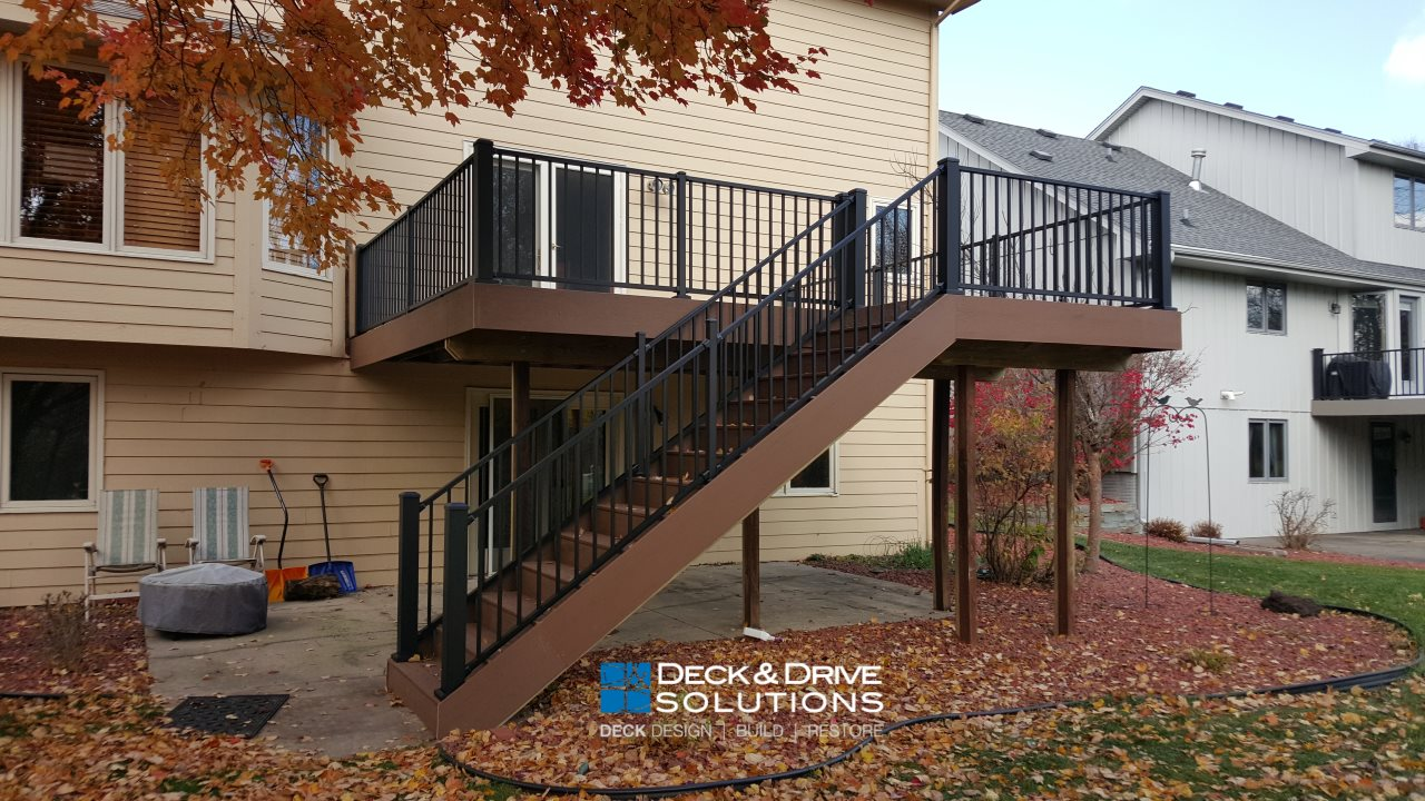 Timbertech resurface with aluminum railing des moines Terrain decking