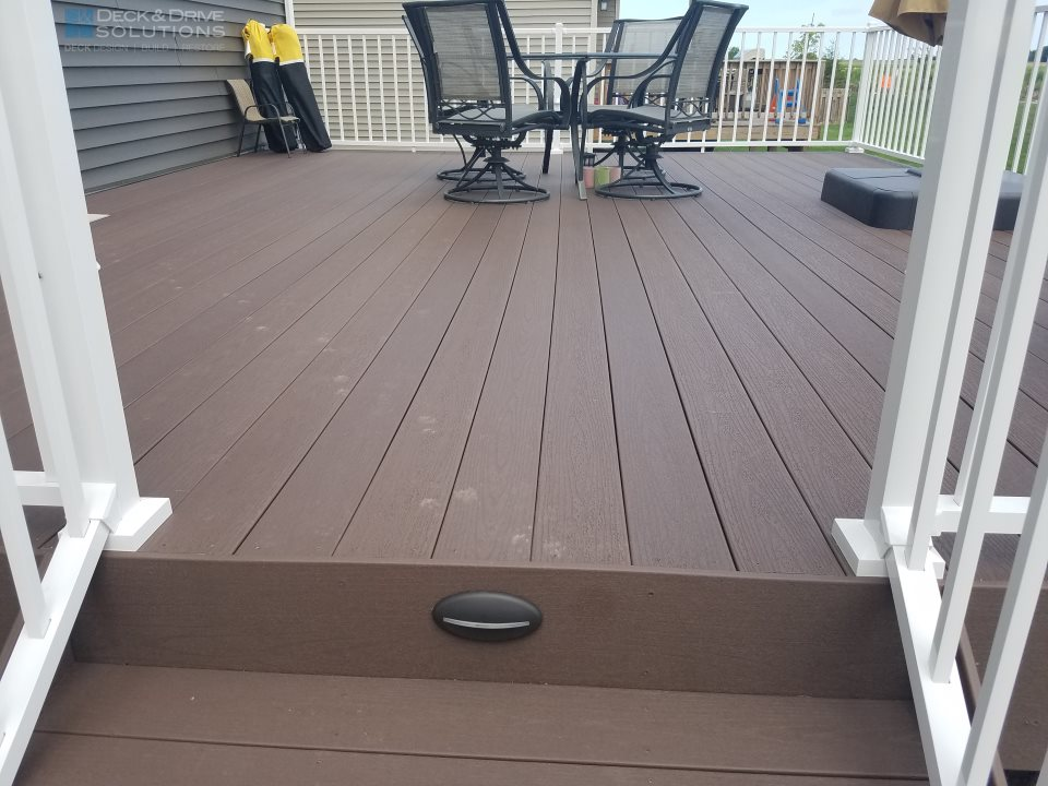 New Timbertech Rustic Elm Decking With White Westbury