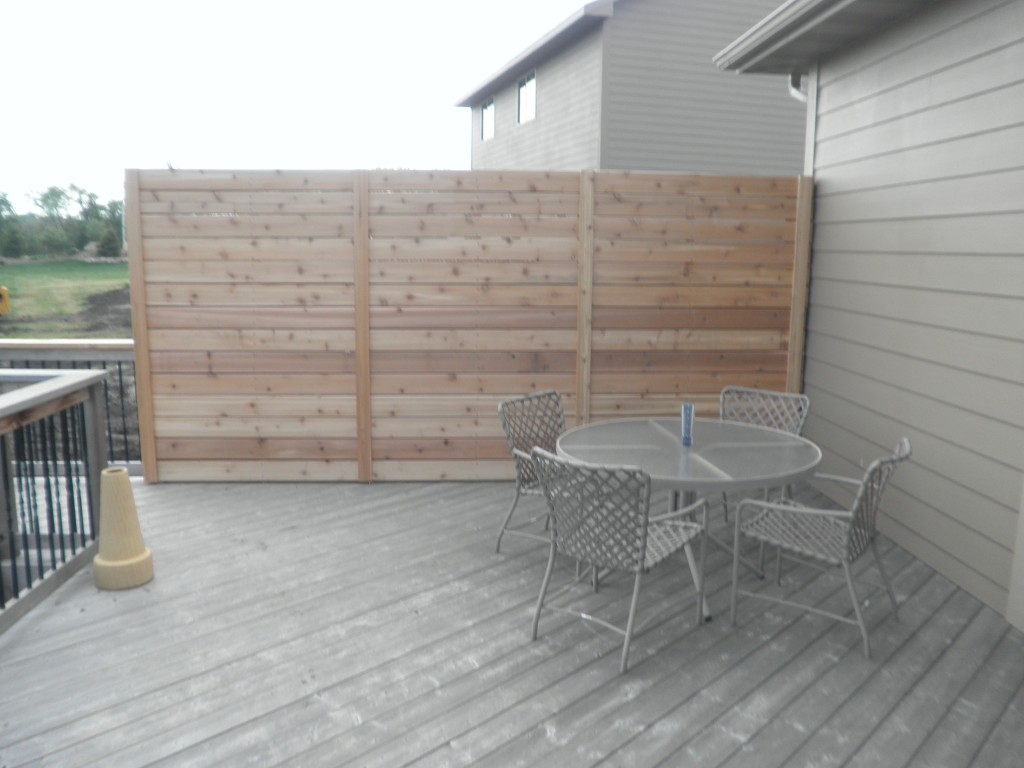 New Custom Privacy Wall On Deck Des Moines Deck Builder