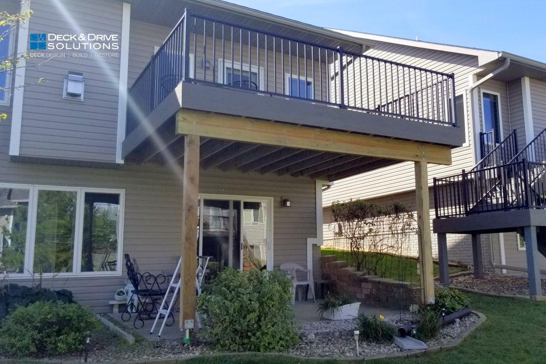 Techno Posts from Sinking Deck | Des Moines Deck Builder